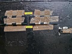 Versuch (web.werkraum) Tags: urban black berlin germany deutschland europa artist sommer ks association versuch briefe zeichen bitte berlinpankow 2013 postkleber wegzeichen urlaubszeit dasdasein berlinerknstlerin tagesnotiz webwerkraum karinsakrowski parkstr poststreik