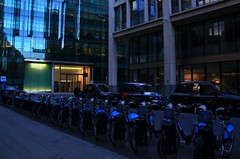 city transport (Artee62) Tags: street city uk england london bike canon eos cab taxi bikes barbican ec2 550d