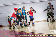 2013-12Dec_RollerDerby_DSC6100© (little-rock-gallery) Tags: nottingham blue red college sport campus bristol cornwall december harbour indoor atlantic wise roller breakers derby bout hellfire harlots sgs derbys 2013 bristolharbourharlotsa bristolharbourharlotsb nottinghamhellfireharlots cornwallrollerderbysatlanticbreakers