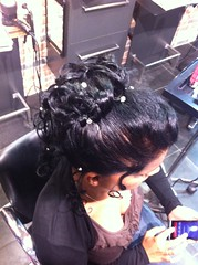 """chignon coque et boucle • <a style=""""font-size:0.8em;"""" href=""""http://www.flickr.com/photos/115094117@N03/12082836954/"""" target=""""_blank"""">View on Flickr</a>"""