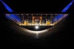 Behind the scenes (tom.leuzi) Tags: 50mm architektur bern berne canoneos6d fenster leute menschen nacht night personen sigma50mmf14dghsmart schweiz sigmaart switzerland architecture f14 lightstar people starburst starlight sunstar window paulklee zentrumpaulklee klee museumsnacht