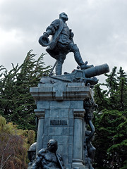 Magellan (LeftCoastKenny) Tags: chile patagonia day16 puntaarenas plazadearmasmuñozgamero statue trees