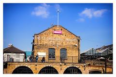 THE T E DINGWALL BUILDing (Gretsch*) Tags: london londres leicam240 leicasummicron35mmf20asph angleterre england camdenmarket leicamptyp240
