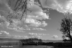 le meraviglie d'Italia il lago di Bolsena. (oscar.martini_51) Tags: lago bolsena spiaggia gradoli barche