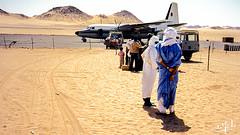 Aéroport de Djanet / Djanet's airport - Tassili n'Ajjer - Algérie/Algeria/ الجزائر (1981) (christian_lemale) Tags: djanet جانت désert desert sahara الصحراء tassili najjer طاسيلي ناجر algérie الجزائر algeria 1981 touareg targui