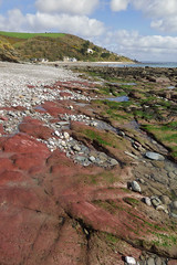Seaton (Mark C (Downloadable)) Tags: seashore coast coastline rockpools colourful red rocks pebbles seaweed seaton beach cornwall england uk