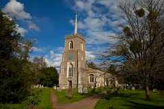 St Andrews Herts (Adam Swaine) Tags: church churchyard churches rural ruralvillages ruralchurches england englishvillages english ukcounties ukvillages muchhadham britain british canon counties countryside paths