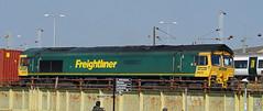 Freightliner 66532 passing through Peterborough (Mark Bowerbank) Tags: freightliner 66532 passing through peterborough