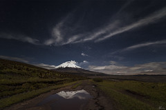 Cotopaxi rumbos (Mr. CHILI) Tags: select outdoor landscape mountain volcan vulcano night star estrellas noche alpinismo escalada ecuador cotopaxi clouds nube