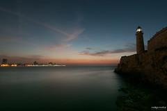 Atardecer en Faro Castillo del Morro (rockdrigomunoz) Tags: faro largaexposicion mar atardecer paisaje luces nubes