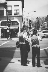 Waiting in Pasadena (Ani_Ro) Tags: amerika america nordamerika northamerica california kalifornien pasadena men männer waiting warten street strase citylife stadt stadtleben altstadt ampel streetlight traffic verkehr vereinigtestaatenvonamerika unitedstatesofamerica usa unitedstates us urban urbanpictures sony sonyalpha7 alpha7 monochrome monochrom schwarzweis blackwhite black white weis schwarz schatten licht lichtschatten light lightshadow shadow festbrennweite 50mm