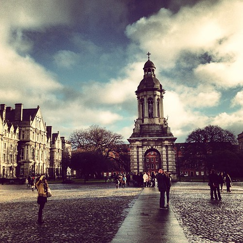 Trinity College de Dublin... Malheureuse by Voyages etc..., on Flickr