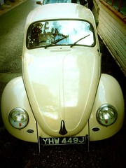 VW Beetle (FilmsForWebsites) Tags: cars vw design classiccar vintagecar vintagevehicles samanthabarnes carlstickley marketingcopywriterbrandingadvertising filmsforwebsites filmsforwebsitescom