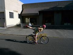 Lillian's Touring Bike (Ahearne Cycles) Tags: bike touring custombike touringbike stepthrough customracks touringracks midtail