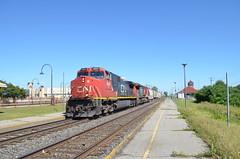 CN 2687 & CN 2157 westbound at Dorval (Michael Berry Railfan) Tags: cn train quebec montreal dorval dash8 canadiannational dash944cw dash9 dash840cw cn2157 cn2687