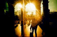 Paris, rue de Castiglione (Calinore) Tags: street city paris france silhouette lomo lomography arcade crossprocessing rue provia vivitar ville lomographie slimangel