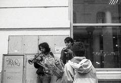 Childhoods end (nicomacmahon) Tags: street bw music film blackwhite child kodak tmax jazz tmax400