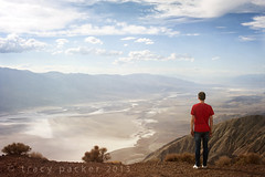 Looking North-West from Dante's View to Badwater and beyond... (Trapac) Tags: california travel autumn red usa man mountains male tourism standing person one 1 high nikon alone looking view watching salt dry crest m dreaming jeans valley figure lone casual lookingdown nikkor overlooking viewpoint gazing teeshirt saltflats touristattraction contemplating blackmountains owensvalley badwater sealevel badwaterbasin devilsgolfcourse furnacecreek deathvalleynationalpark dantesview halite wmh nikkor3570mm inyocounty panamintrange d700 nikond700 coffinpeak flickrcollectionongetty tracypackerphotography wwwtracypackercom deathvalleybasin gettymomentcreativecollection