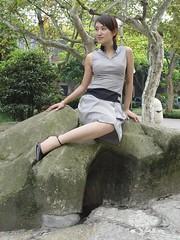 one leg-veivei-11 (ampugirl) Tags: girl es amputee