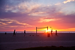 Volleyball on Venice Beach - Los Angeles, CA (ChrisGoldNY) Tags: california venice sunset usa sports america canon poster losangeles forsale pacific beachvolleyball socal spacemonkey posters beaches albumcover venicebeach volleyball bookcover oceans southerncalifornia westcoast bookcovers albumcovers gridskipper laist losangelescounty jaunted challengewinners friendlychallenges chrisgoldny chrisgoldberg chrisgold chrisgoldphoto chrisgoldphotos