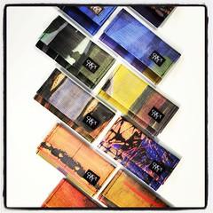 Portafogli da donna con grafiche d'artista in collaborazione con Agostino Goccione