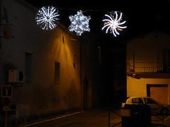 Mireval (34), illuminations 2012 (EclairagePublic.eu) Tags: christmas xmas france lanterne lampe commerce illumination alf noel ampoule fete leds avenue decor rue arbre groupe nantes ville dcoration guirlande bougie eclairage itc toile lustre eclairagepublic lumineux leblanc oci sabot carquefou loireatlantique luciole lcx blachere chromex mireval bazaud festilight pacanoel decolum lumifete