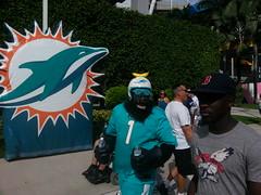 Miami Dolphins Vs NE Patriots 12/15/13 (bpephin) Tags: football gorilla miami nfl samsung galaxy dolphins patriots s3 miamidolphins