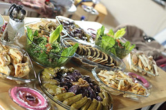 Happy mother's day (hiba_safwan) Tags: food dinner canon meal friendshouse syrian عزيمة 100d اكل