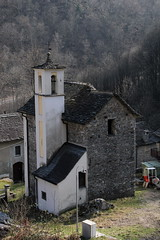 Oratorium San Giovanni Nepomuceno Collinasca ( Gotteshaus katholisch - Baujahr 1761 - Kirche Chiuche Kapelle chiesa ) im Dorf Collinasca bei Cerentino im Bezirk Vallemaggia im Sopraceneri im Kanton Tessin - Ticino der Schweiz (chrchr_75) Tags: albumzzz201703märz märz 2017 hurni christoph chrchr chrchr75 chrigu chriguhurni albumkirchenundkapellenimkantontessin kirche church église eglise chiesa temple chiuche gotteshaus kantontessin kantonticino tessin schweiz suisse switzerland svizzera suissa swiss hurni170320