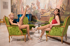 Pin Up Caroline & Maryline - NEGRESCO (24) (freddy.roma) Tags: pinup pésdescalços pin up piedsnus princess provencealpescôtedazur pieds theswingfellows talon httpswwwyoutubecomchanneluc6qps8vs3hsuwfauqhyr1a theswing thesswingfellows carolinetheswingfellows singer music musiclive livemusic caroline cover cafi crazyinlove cotedazure crazy cannes cotedazur concert facebook nice rockn roll jazz swing fellows freddyroma france french famous frenchriviera fineart fender feet foot barefoot blonde beauty babe liveband legs leg love glamour pinupcaroline freddy roma