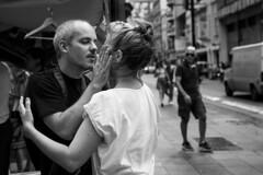 Un Hombre y Una Mujer (diegocazzaretto) Tags: bnw street portrait city bw people nikon argentina hombre mujer abrazo