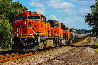 CSX K889 with a BNSF trio at Pioneer Museum - Dade City, FL 4-20-17