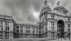 Austin, Texas (Barb McCourt) Tags: statecapitol touristattraction austin texas clouds sky capitolbuilding flags politics blackandwhitephotography blackandwhite bnw bw nikond7200 nikon