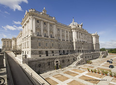 "Royal Palace • <a style=""font-size:0.8em;"" href=""http://www.flickr.com/photos/45090765@N05/33859259055/"" target=""_blank"">View on Flickr</a>"