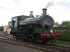 IMG_4718 - GWR Hudswell Clarke Saddle Tank 813 (SVREnthusiast) Tags: didcotrailwaycentre didcot railway centre gwrhudswellclarkesaddletank813 gwr hudswellclarke saddletank 813
