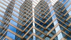 Skyscraper, Toronto, Ontario (duaneschermerhorn) Tags: reflection symmetry toronto ontario canadaarchitecture building skyscraper structure highrise architect modern contemporary modernarchitecture contemporaryarchitecture