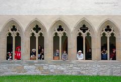 Fahrendes Volk (rafischatz... www.rafischatz-photography.de) Tags: germany thuringia gotha monastery staugustin hotel kloister window person theatre rehearsal pentax
