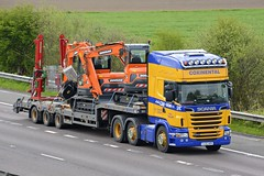 YJ12 AOX (panmanstan) Tags: scania r500 wagon truck lorry commercial lowloader freight transport haulage vehicle m18 motorway langham yorkshire