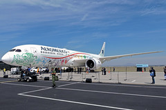 Boeing 787-9 Dreamliner Aeromexico XA-ADL Quetzalcoatl Livery FAMEX 2017 (tonypatriot2901) Tags: famex feria aeroespacial méxico 2017 mexico santa lucia base aerea militar military air famex2017 boeing 7879 dreamliner aeromexico xaadl quetzalcoatl livery