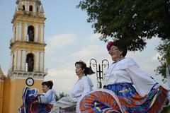 danza flolklorica de casa del abue (9) (Gobierno de Cholula) Tags: que chula cholula danza danzapolinesia danzasprehispánicas libro