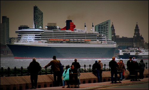 Queen Mary 2 departing Liverpool 17th May 2013 (5pm)