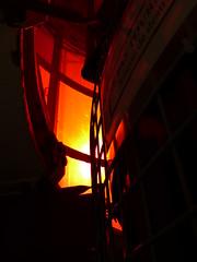 Ambiance Rouge (Manue-ella) Tags: rouge ferret cap phare lentille