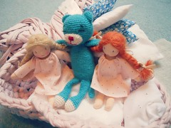 "Mini ""Happy to see you"" dolls & blue amineko (Cline sur internet) Tags: crochet poupe waldorfdoll happytoseeyou"