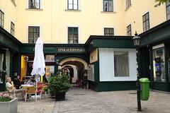 Einkauspassage im Raimundhof (Martin Ladstaetter) Tags: vienna wien photowalk vienne photowalkwien photowalkvienna pwvie