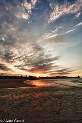 ltimos destellos de luz...Caravia (ElAsturcon) Tags: asturias playa asturies caravia espasa