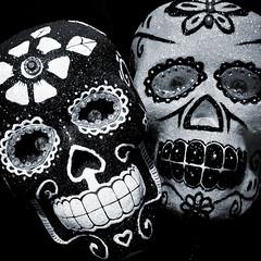 Blanco y Negro (Seeing Visions) Tags: california ca bw halloween glitter square dayofthedead skull us unitedstates newportbeach diadelosmuertos jewels coronadelmar decorated calavera rogersgardens 2013 raymondfujioka