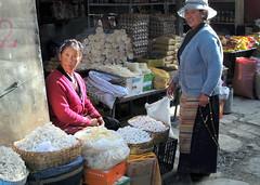 On the market in Gyantse, Tibet (PeterCH51) Tags: china women market tibet chatting selling buying gyantse negotiating gyangze peterch51