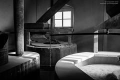 Maud Foster Mill Feb 2014 (16) (hoobgoobliin) Tags: uk windmill boston machine lincolnshire millstone flour milling maudfostermill hoobgoobliin flickrcomhoobgoobliin flickrcomphotoshoobgoobliin
