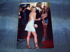 Drew Barrymore - 4x6 Photo (drewsevolution) Tags: tattoo eric cross hole drew batman forever 1995 premiere barrymore drewbarrymore ericerlandson erlandson batmanforever