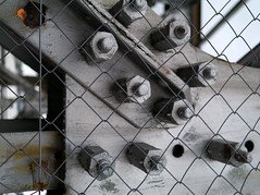 prison (jeanluc.albrand) Tags: detail pont bratislava rouille ecrous